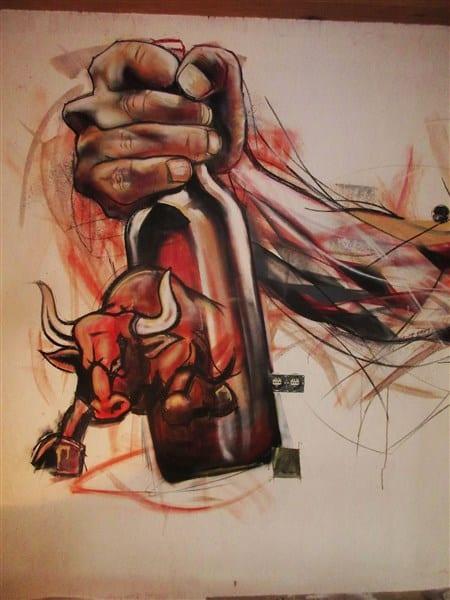 muurschildering acryl kleur cafe broer hand met bier detail (450 x 600)