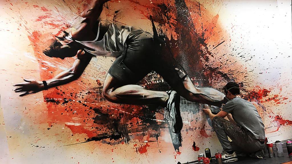 muurschildering op doek sportschool hardloper expressief kleur experimenteel spuitbus graffiti kleurrijk acrylverf sportschool
