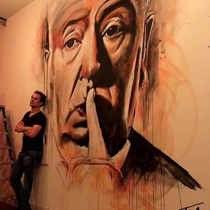 muurschildering portret alfred hitchcock Lab111